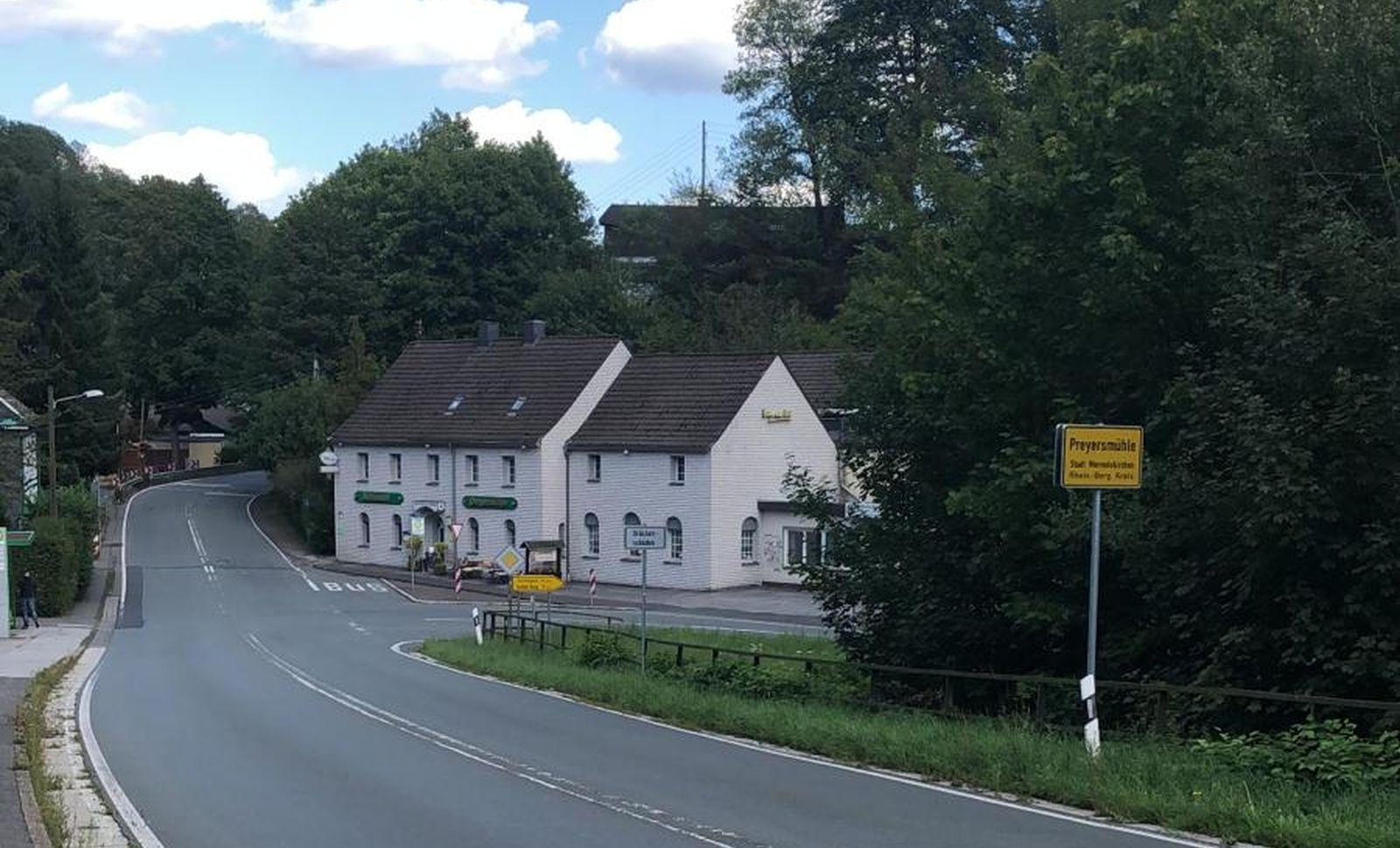 Sperrung der Wermelskirchener Straße für bestimmte Tonnagelast